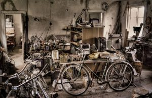 worlds-cleanest-bike-workshop-not